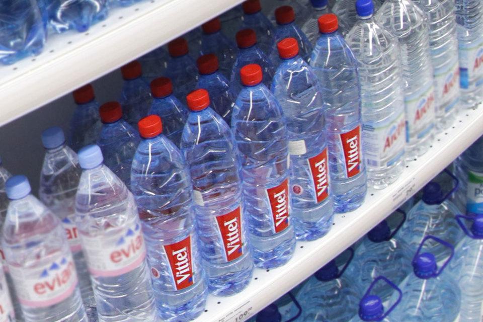 Дистрибутор Национальной компьютерной корпорации начнет продавать воду Perrier и Vittel