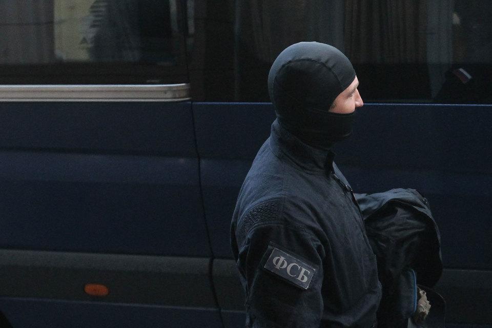 ФСБ проводит обыски вДирекции транспортного строительства и«Пилоне»