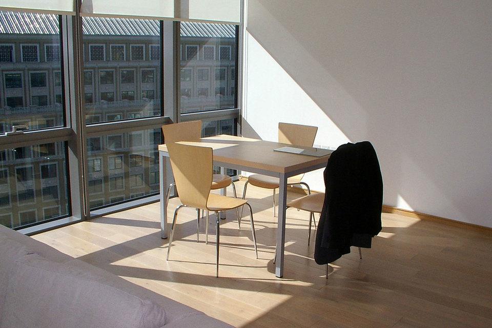 Лондонские работодатели стали помогать молодым сотрудникам найти доступное жилье недалеко от офиса
