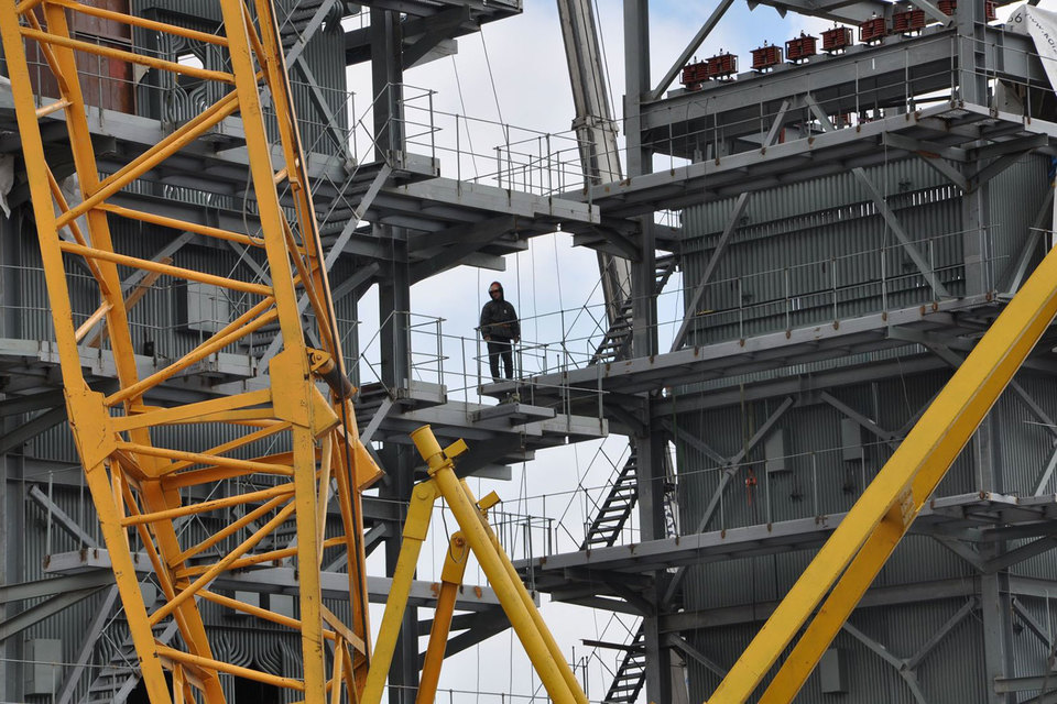 Пик инвестпрограммы «Русгидро» приходится на 2017–2018 гг., когда нужно закончить строительство трех крупных электростанций на Дальнем Востоке, например, первой очереди Якутской ГРЭС-2 (на фото)