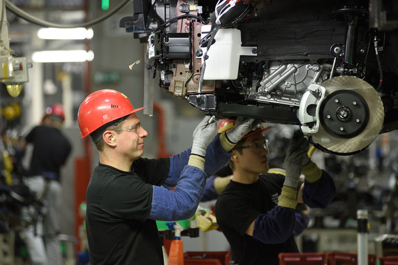 Toyota и Mazda  попали в колею