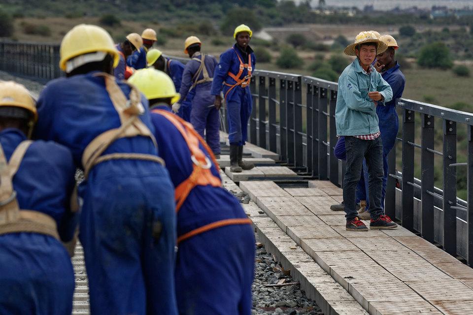 В Африке число молодых людей, достигающих трудоспособного возраста, будет расти год от года, прогнозирует МВФ