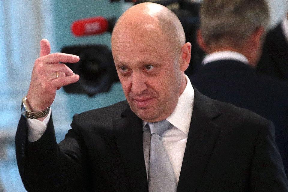 Начальник управления ФАС по борьбе с картелями Андрей Тенишев подтвердил «Ведомостям», что ведомство расследует дело о картельном сговоре на торгах Минобороны