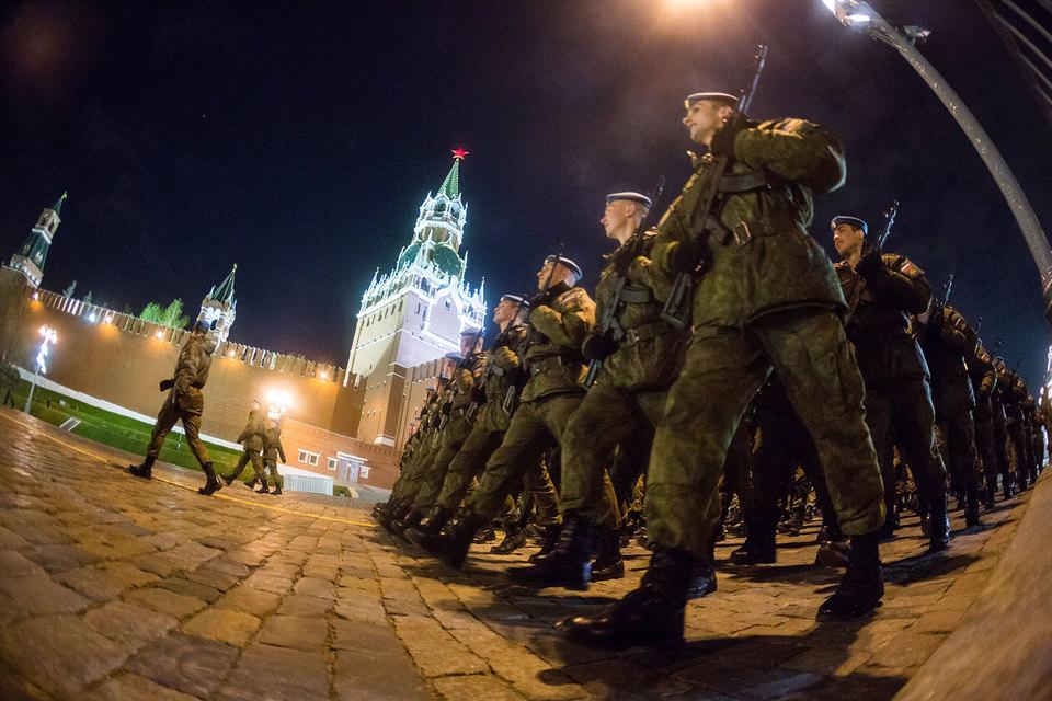 Накануне обсуждалось перевооружение сухопутных сил общего назначения