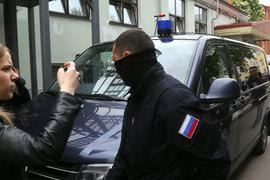 В квартире режиссера Кирилла Серебренникова и «Гоголь-центре» проходят обыски