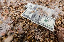 Налоговый кодекс позволяет инспекторам доначислять налоги, если деньги тратит не тот, кому они принадлежат