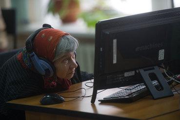 Многие пожилые граждане не смогут использовать интернет для участия в обсуждении реновации