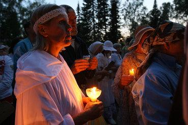 Наибольшие трудности закон о миссионерах сулит небольшим религиозным группам