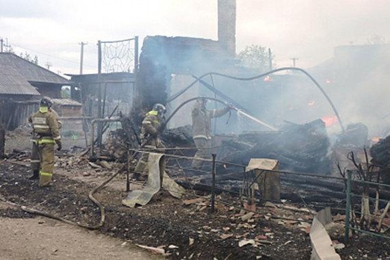 В Иркутской области  продолжают действовать 17 лесных пожаров на общей площади более 10 000 га