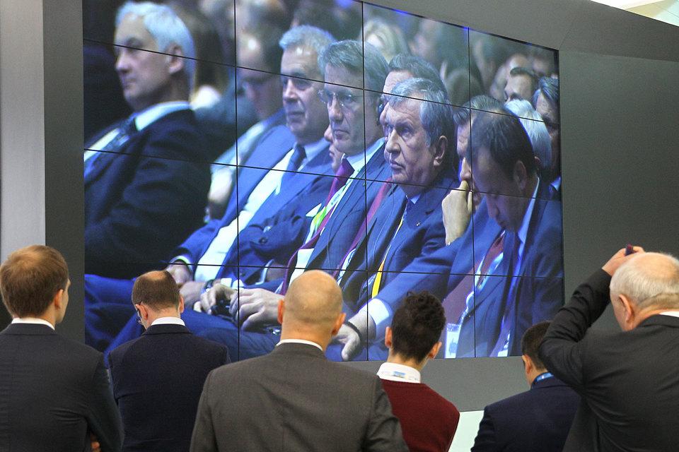 Мелкий собственник, по мнению наиболее крупных российских компаний, не заслуживает права знать все о своей собственности