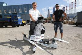 Больше всего Атаманову нравятся воздушные мотоциклы, а заказы пока поступают на грузовые дроны