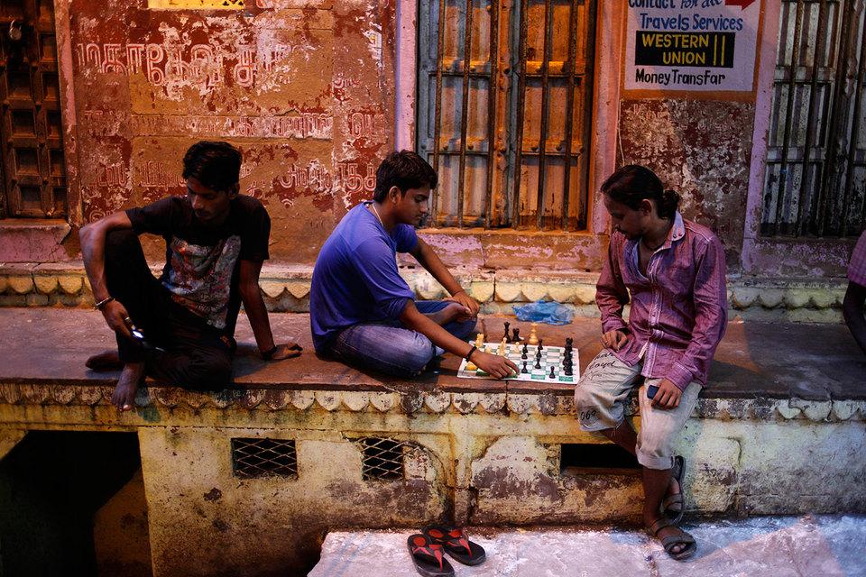 Власти страны признали шахматы люксовым товаром