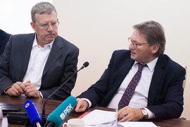 Алексей Кудрин (слева) и Борис Титов (справа) поспорят о стратегиях