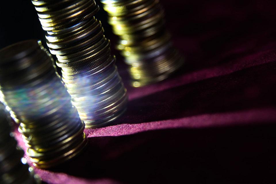 В России на укрепление рубля жалуются в основном Минфин и Минэкономразвития