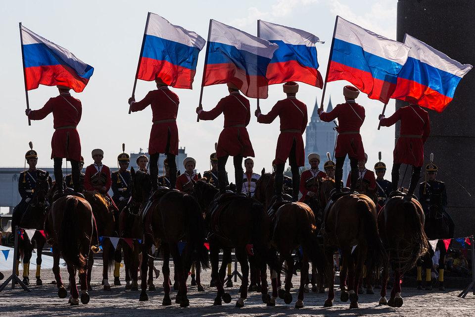 S&P отозвало рейтинги по российской шкале