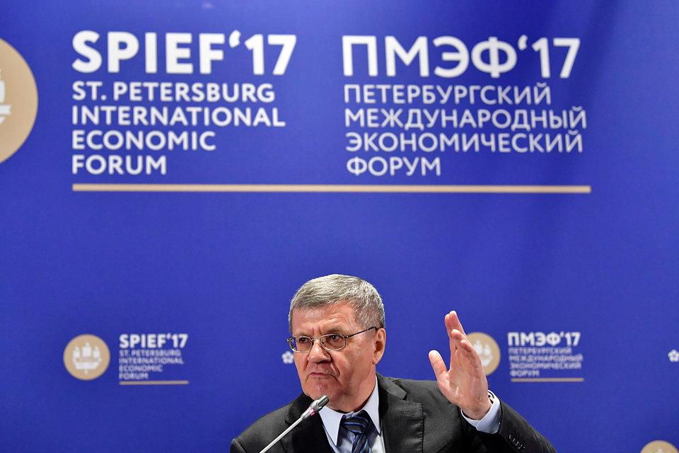 Юрий Чайка выразил сомнение в том, что недавнее ужесточение ответственности за незаконное уголовное преследование бизнесменов окажется эффективной мерой