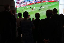 FIFA рассчитывала договориться с российскими телеканалами о продаже прав сразу на два соревнования