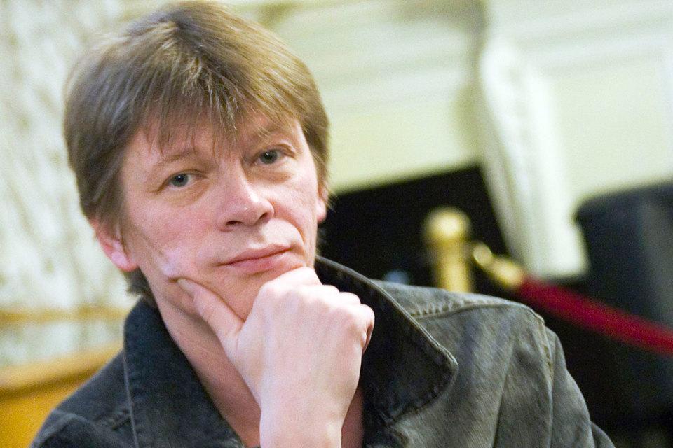 Так, как Сергей Вихарев, техникой классического танца среди мужчин в труппе Кировского театра не владел никто
