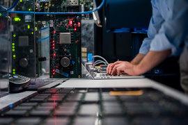 IBM сама больше не производит чипов, но GlobalFoundries и Samsung могут лицензировать эту технологию