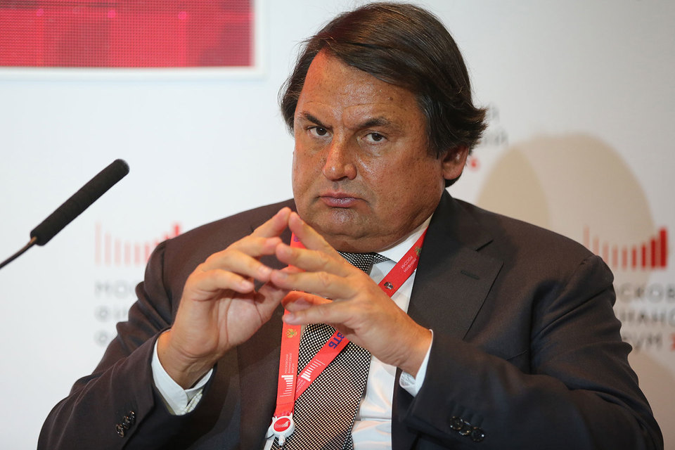 Владелец «Русского стандарта» Рустам Тарико крепко связал свои компании
