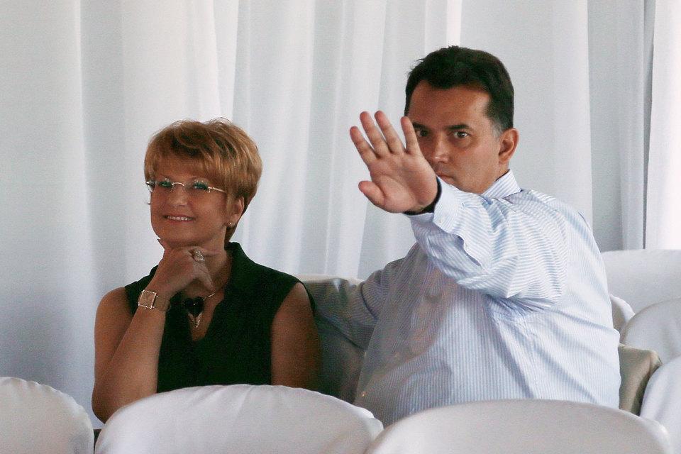 Ольга и Александр Плешаковы не управляют «Трансаэро» почти два года