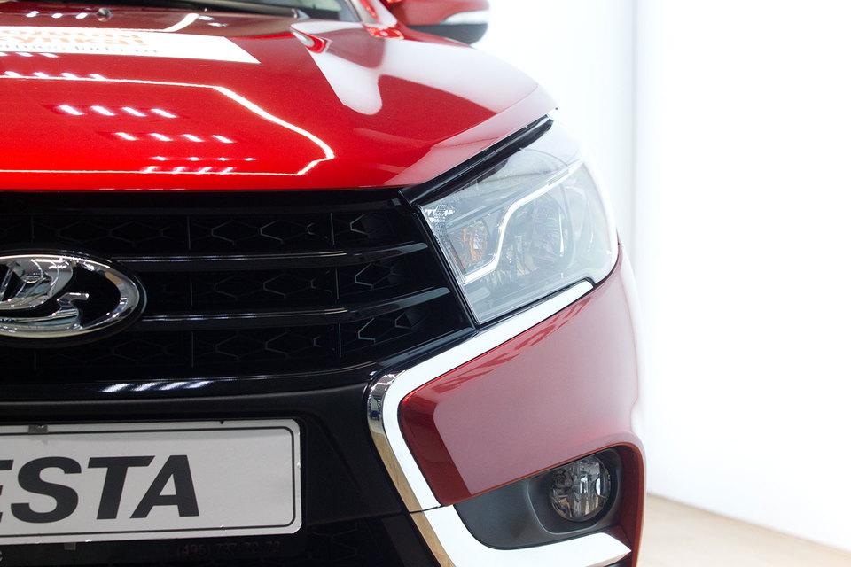 «АвтоВАЗ» начал выпуск Lada Vesta, работающей на бензине и сжатом природном газе