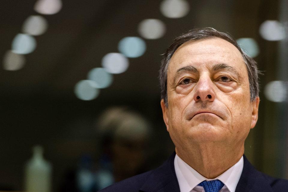 Президент ЕЦБ Марио Драги заявил, что рост, вероятнее ускорится по сравнению с прогнозом, чем замедлится