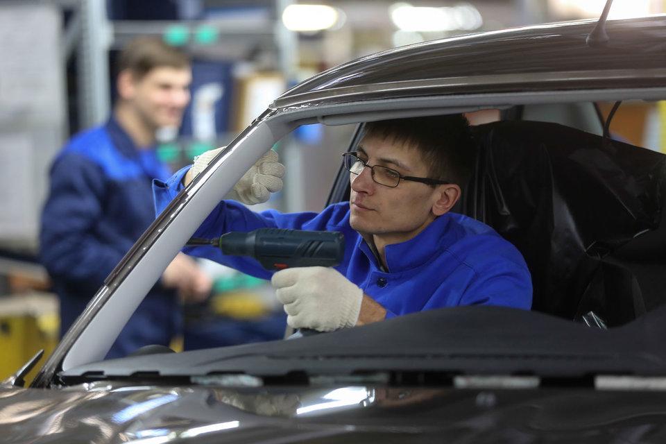 Оклад рабочих «АвтоВАЗа» в этом году вырастет на 5%
