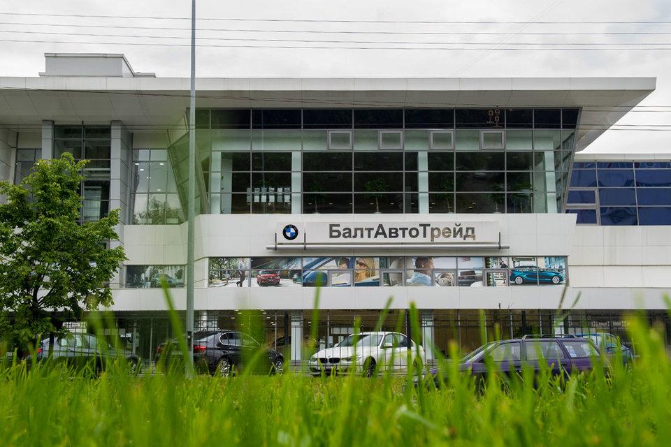 BMW вряд ли захочет вернуться в дилерский центр по старому адресу, чтобы не ассоциироваться с дилером-банкротом, полагает один из участников рынка