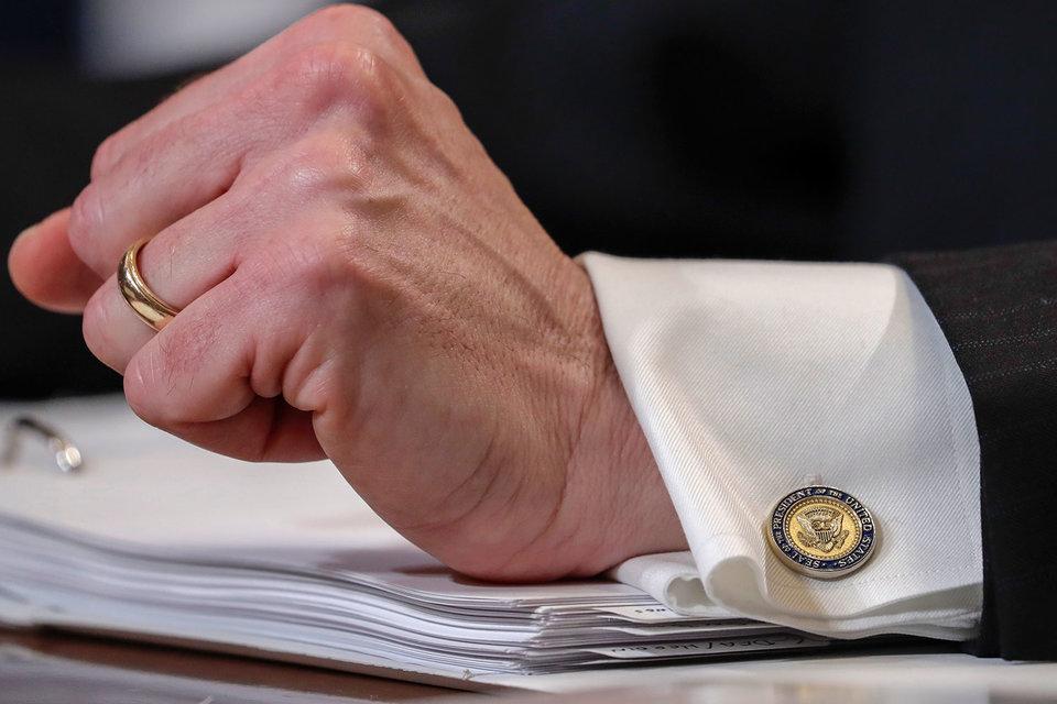 Президент США Дональд Трамп начинает ослаблять банковское регулирование, введенное после кризиса 2008 г.