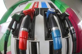 Бензин в этом году дорожает быстрее инфляции
