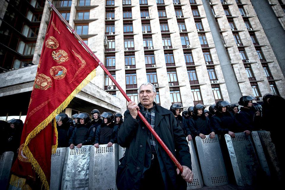 Конфликт был вызван тем, что Киев применял спецслужбы против несогласных жителей Донецка, считают в Кремле