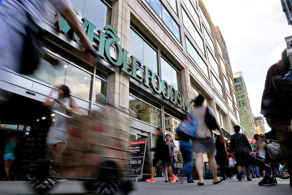 Whole Foods Market является крупнейшей в США сетью супермаркетов, специализирующейся на натуральных продуктах