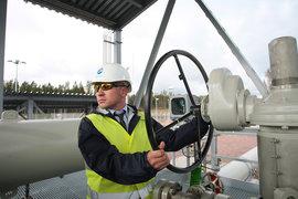 «Северный поток – 2» не подпал под новые санкции США – под запрет финансировать трубопроводы, считает «Газпром». Проект уже получил свыше 1 млрд евро из Европы