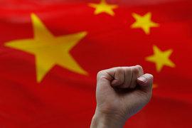 Китайские ученые смогли мгновенно передать состояние фотонов на 1200 км