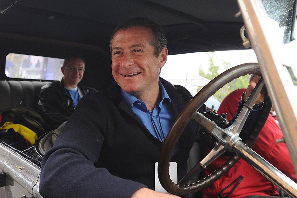 Заняться бизнесом Григорию Березкину пришлось из-за любви к автомобилям: он решил заработать на первую машину в семье. Теперь у него коллекция ретро-автомобилей