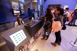 Цены на билеты в кино падают второй год подряд