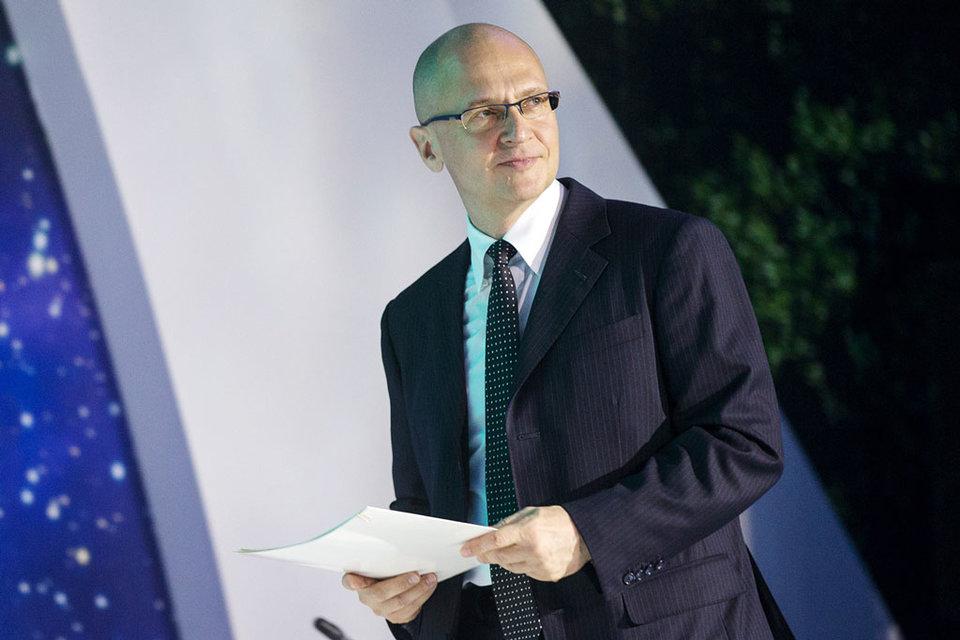 Первый замруководителя администрации президента Сергей Кириенко провел в четверг вечером первое заседание рабочей группы по изменению избирательного законодательства