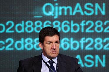 «Ростелеком», возглавляемый Михаилом Осеевским, даст денег в долг его бывшему работодателю – банку ВТБ