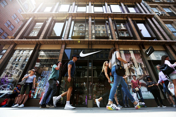 the latest 26d6d 62a09 Nike намерен нарастить присутствие в сети и ограничить онлайн-продажи  бренда сторонними продавцами