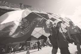 Президент FIFA Джанни Инфантино назвал стадионы «необычайно красивыми», а организацию турнира прекрасной