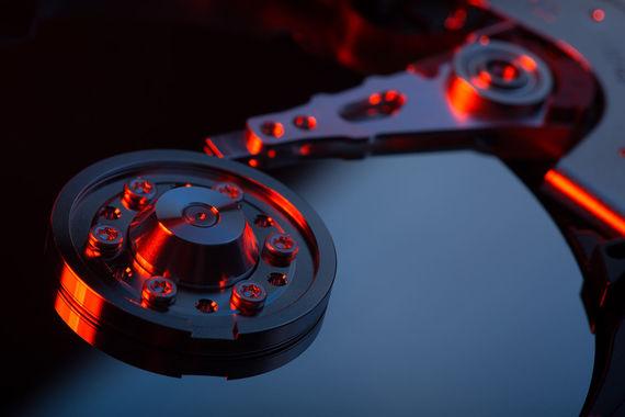 Создавайте резервные копии данных. Они позволят восстановить файлы, а зараженный жесткий диск можно будет просто отформатировать