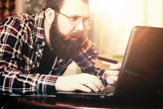 Не платите выкуп: это лишь спонсирование киберпреступников, и не факт, что они вышлют ключи дешифрования. Советы давали Acronis, «Доктор Веб», CheckPoint, Positive Technologies, Group-IB