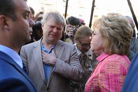 Сразу после диалога с Матвиенко Митрохин был задержан, сообщила пресс-служба «Яблока»