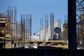 Под строительство жилья приобретается 87% земельных участков