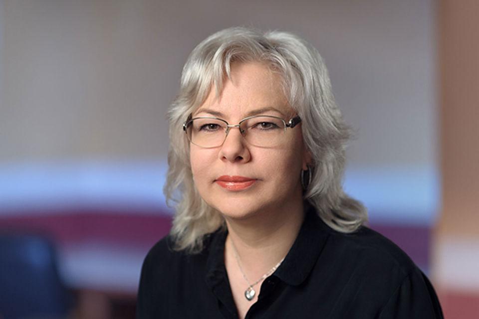 Осина была первым заместителем нынешнего директора «Почты» Дмитрия Страшнова