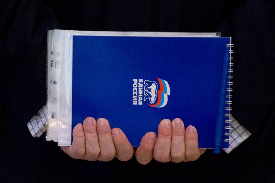 В «Единой России» может возникнуть параллельный центр управления