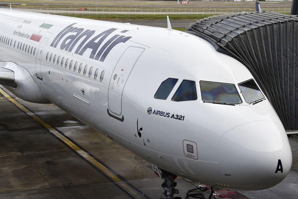 Iran Air совершает рейсы в Петербург из Тегерана, теперь будут рейсы и из других городов