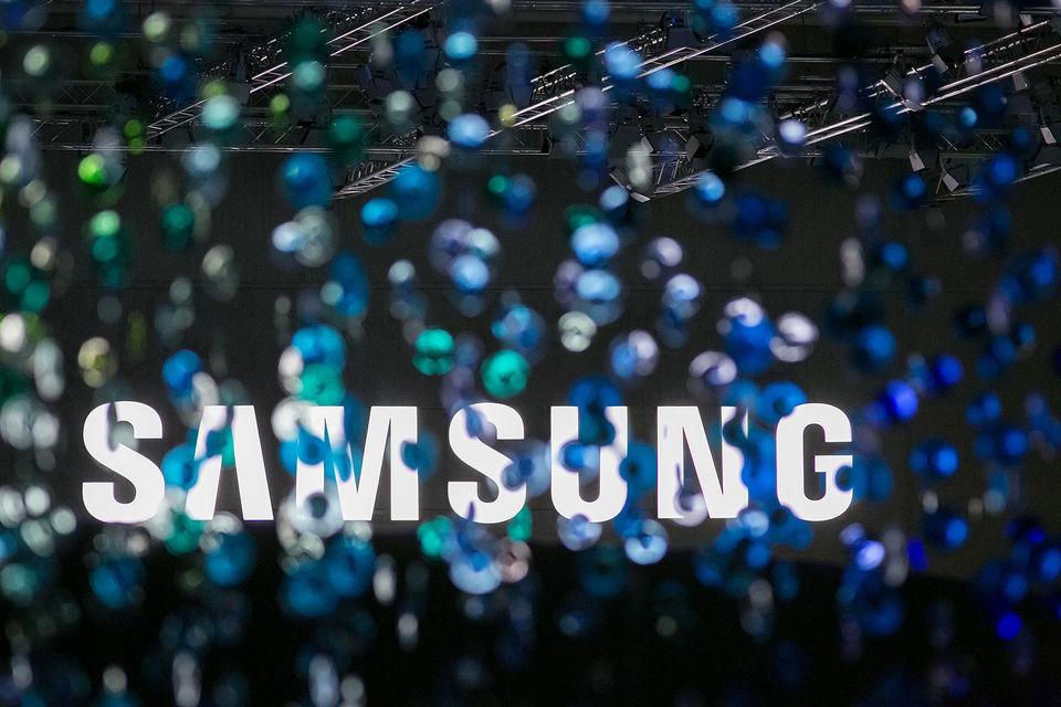 Samsung Electronics разрабатывает колонку с голосовым управлением на основе Bixby