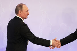 Встреча Трампа с Путиным вызывает беспокойство среди опытных американских дипломатов и аналитиков